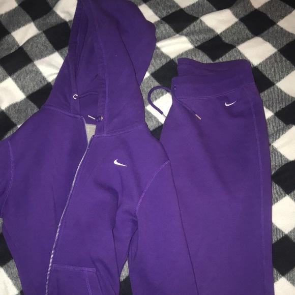 nike joggers purple